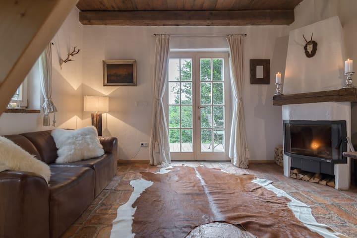 Romantisches Bauernhäusl mit Traumblick
