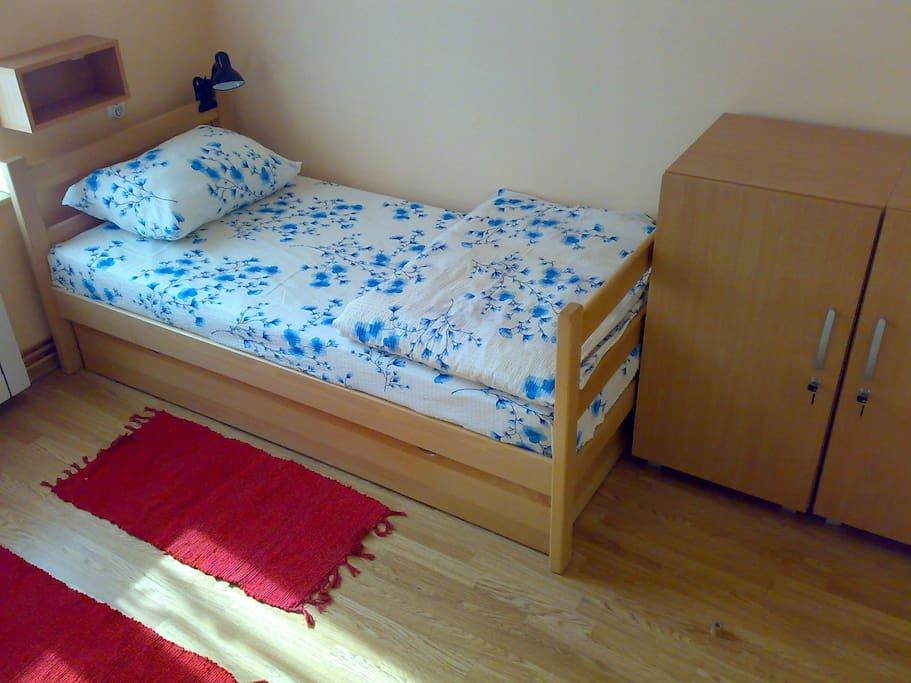 www.hostelm.net - Twin Room