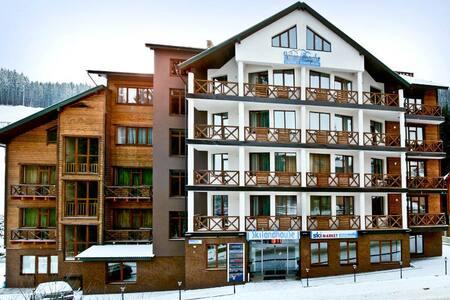 Отдых в апартаментах. Буковель - Polyanytsya - Apartamento