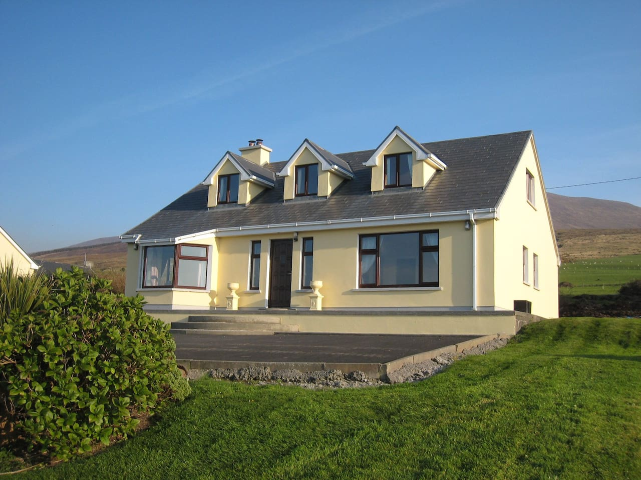 Atlantic Waves Cottage with outstanding sea views overlooking Brandon Bay on the Dingle Peninsula.