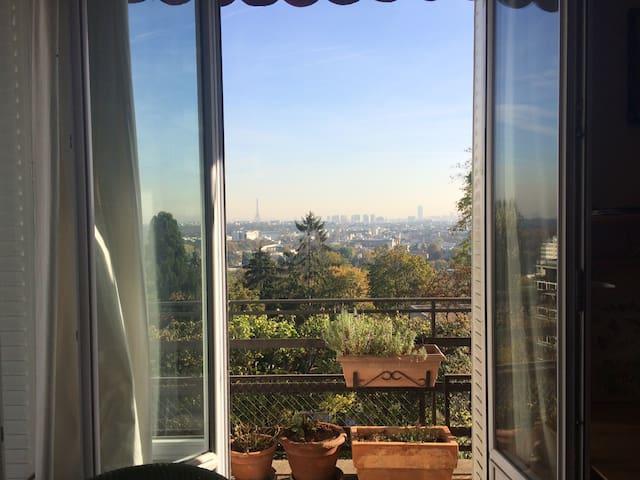 Large room with exceptional view on Paris - Saint-Cloud - Departamento