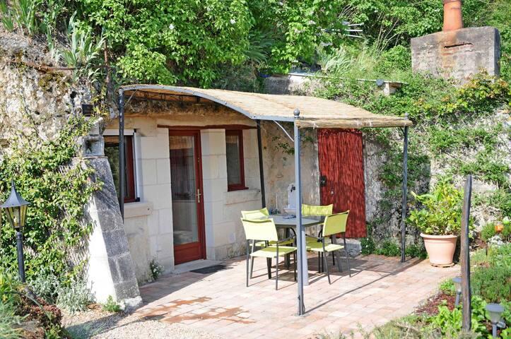 Maison Troglodytique La LICORNE