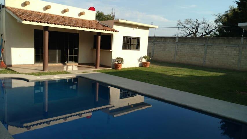 Preciosa Casa con alberca en Yautepec Morelos - Yautepec de Zaragoza - House