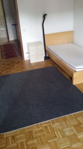 Wiesbaden Fully-Furnished Flats or Private Rooms