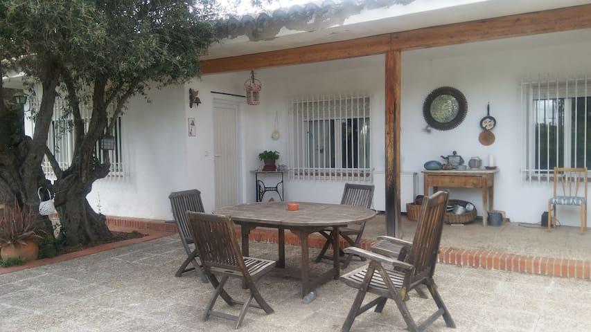 Habitación en casa de campo entre Madrid y Toledo