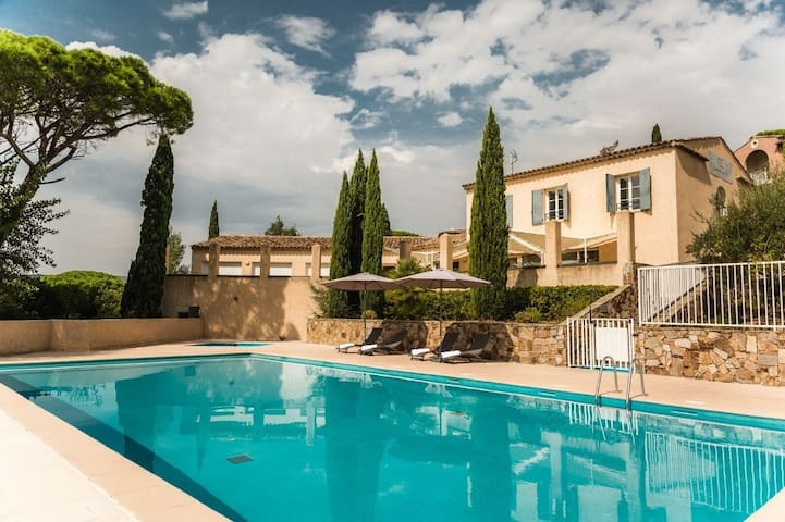 Apartment for 4 in 3* residence - 38 m² - Grimaud