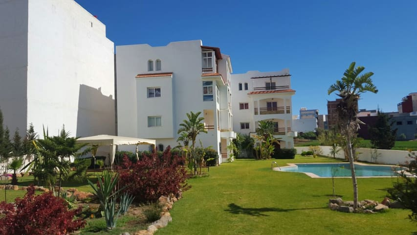 nice appt,close to beach.secure and private. - Oued Laou - Apartamento