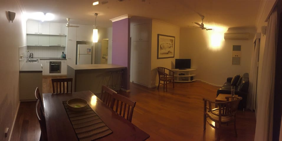 Modern 2 Bedroom Unit - Brinkin - Apartment