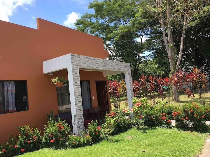 Amazing private casa close to Manuel Antonio Beach