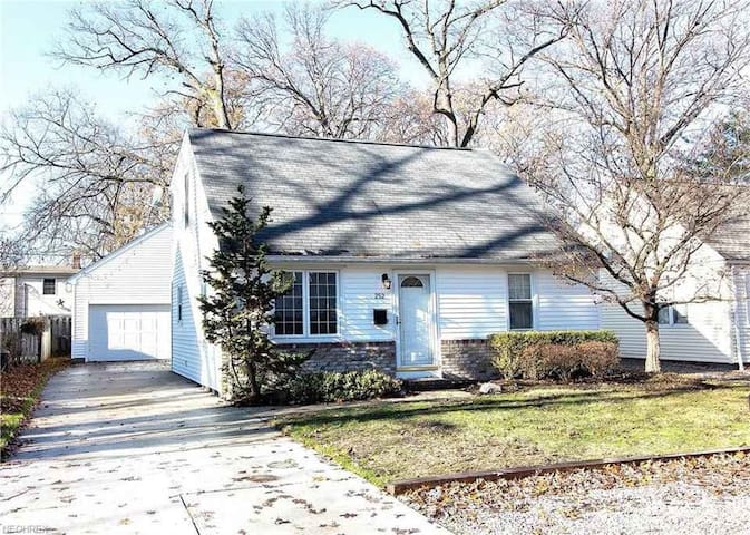 (Newly listed) S. Point  Ave. Avon Lake