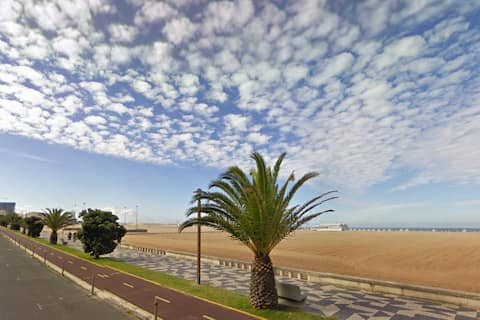 T1 Front of Praia de Buarcos (Wi-Fi gratuito)