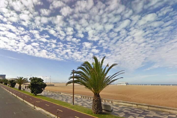 T1 Frente à Praia de Buarcos (free Wi-Fi)