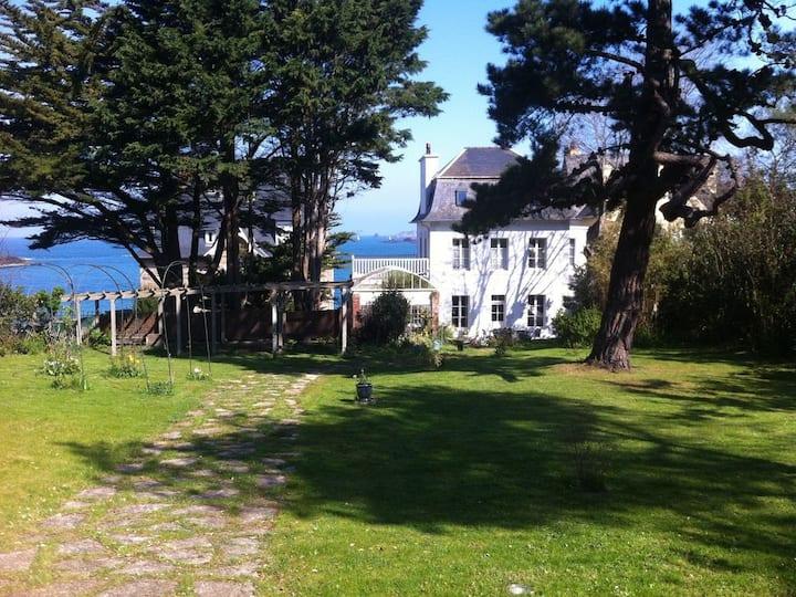 Dinard: Charmante villa historique  vue sur mer