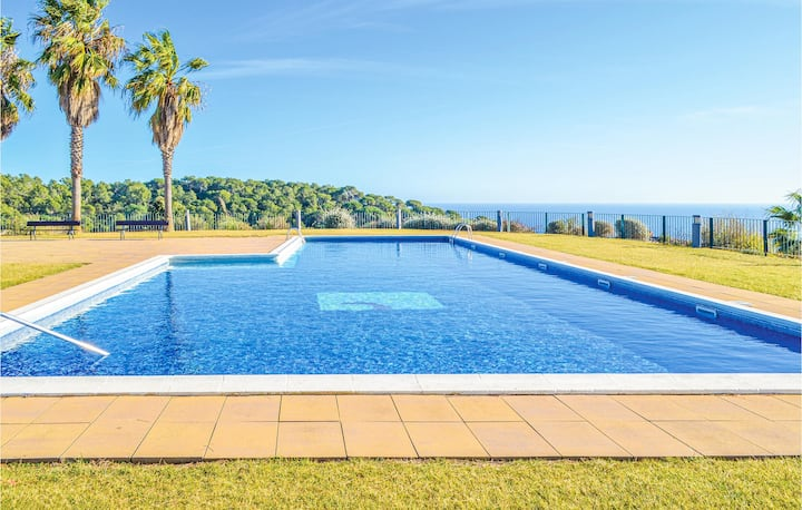 Nice home in Tossa de Mar with WiFi and 3 Bedrooms