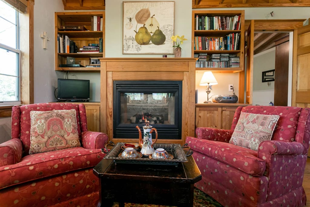 Cozy seating by the gas log fireplace
