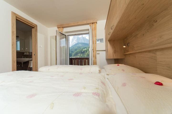Kedul Alpine Lodge  Double room