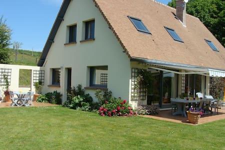 Les champarts - Glicourt - House