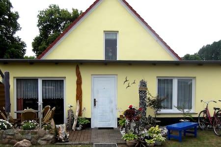 sep. Ferienwohnung  an der Ostsee - Wittenbeck