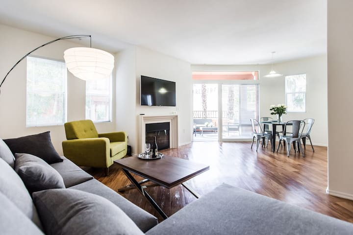 Gorgeous&Modern/2 bedrooms Gym-Pool-Spa/Mid City - Los Angeles - Apartment