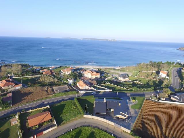 Luxurious new villa waterfront - Sanxenxo - Huis