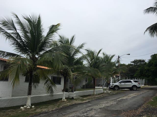 Apartamentos El Arino de San Carlos