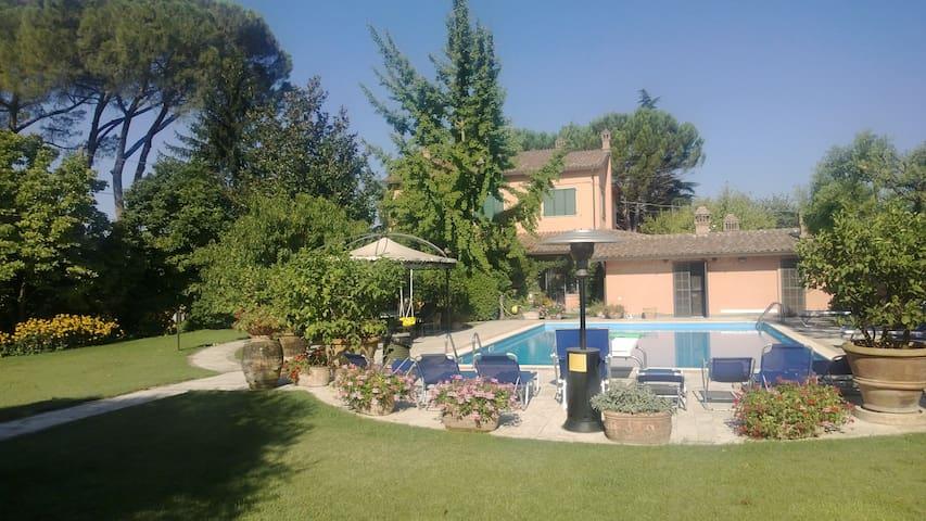 VILLA MADDALENA - Deruta - Villa