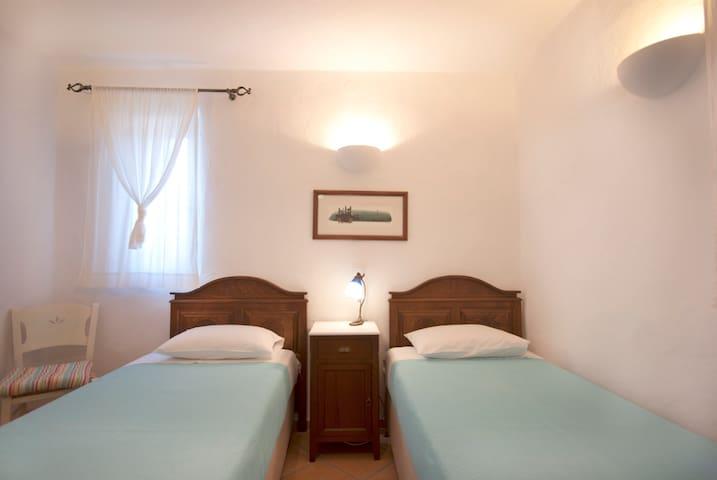 Ground floor bedroom Two single beds