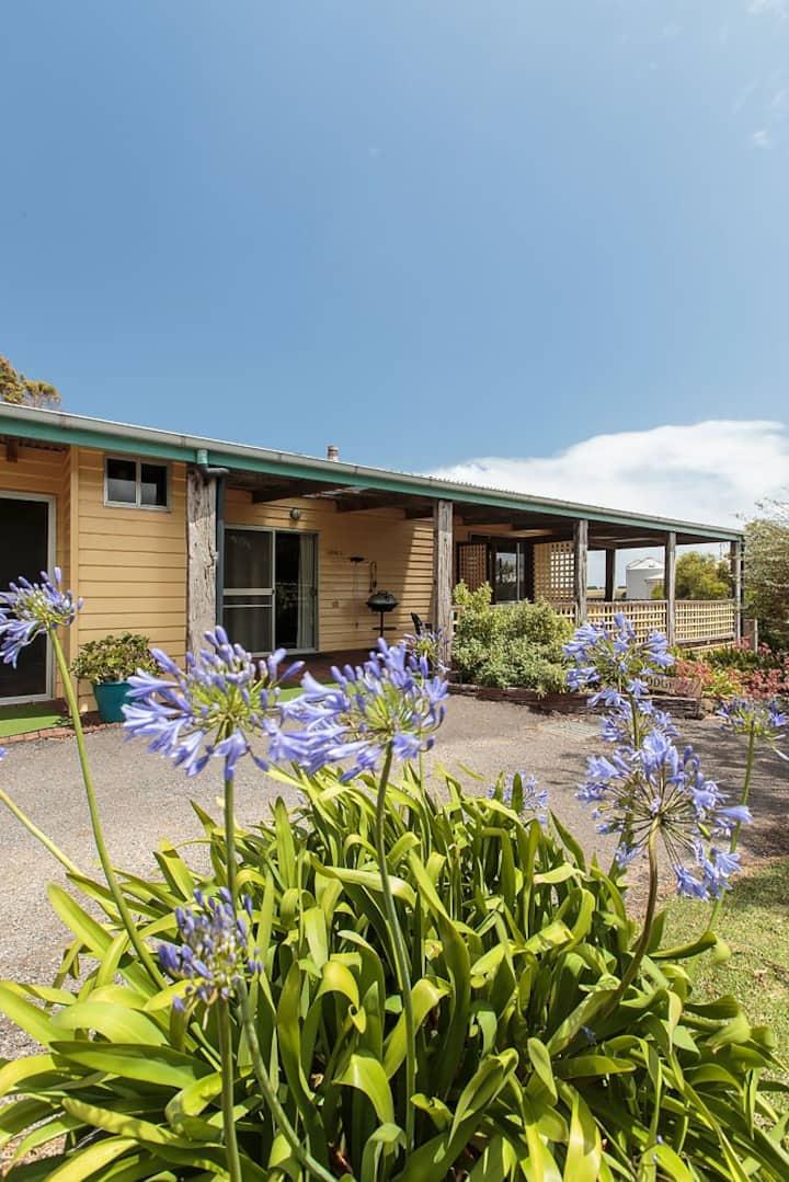 Macka's Farm Lodge 2