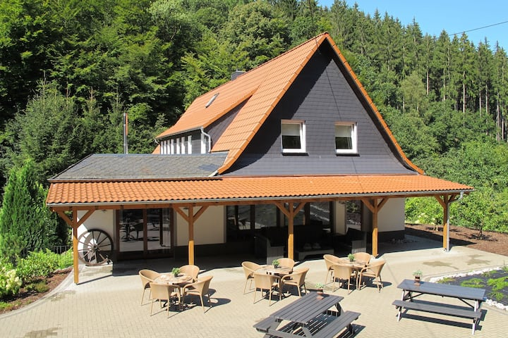 Plush Villa in Schutzbach with Sauna, Jacuzzi & Bar