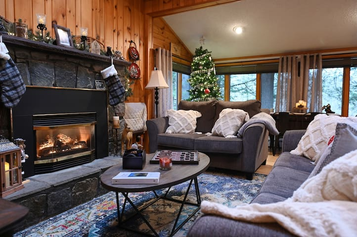 Schroon River Retreat waterfront, Gore/Lake George