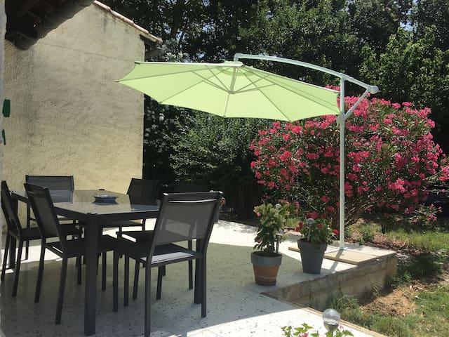 Arles, Maison de charme en Provence