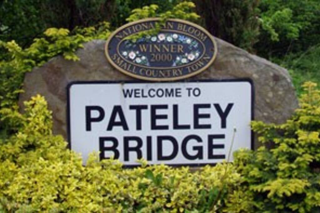 Pateley Bridge sign