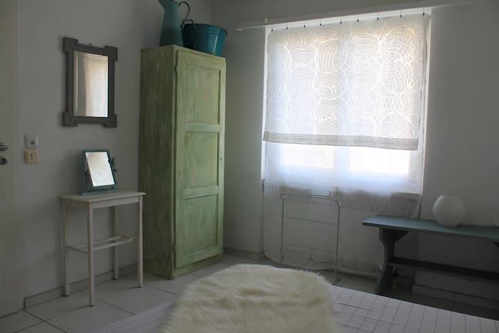 Einzelzimmer mit Charme - Bremgarten - Dům