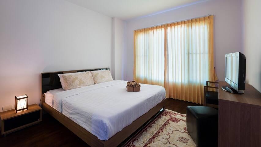 Baan Sandao Beachfront HuaHin Condo 2 Bedrooms_EEB