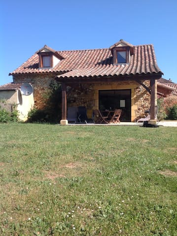 Les Cabanes tranquil detached holiday home - Saint-Caprais - House