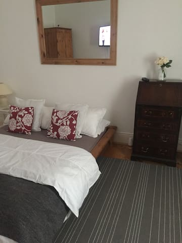 Single Room with double bed, Wallsend UK