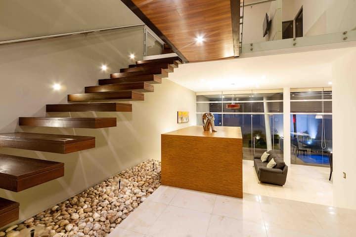 Espectacular casa en Juriquilla