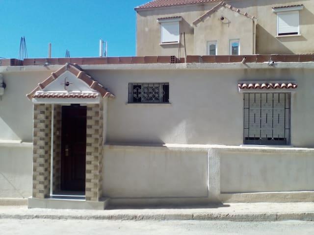 très beaux studio 2 pieces - Tipaza - House