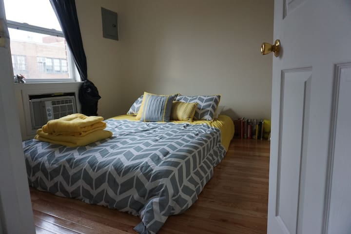 Convenient & Spacious 3BR in BK!