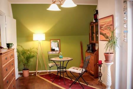 Dachterrassen Zimmer im Herzen Fürstenfeldbruck!