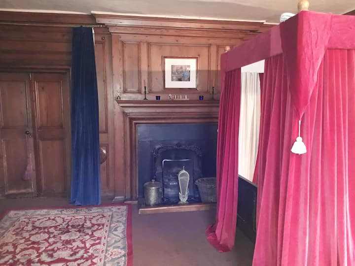 Wykes Manor Lincolnshire - The Panelled Room