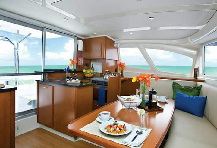 Amazing catamaran cruise, Maldives, all inclusive