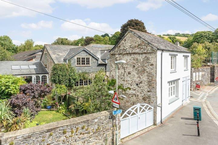 Beautiful cottage on edge of Dartmoor