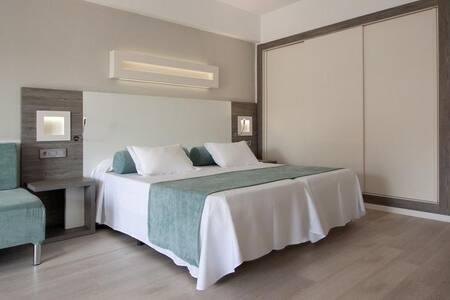 Habitación de hotel Fergus Bermudas **** - Palmanova - Boutique-Hotel