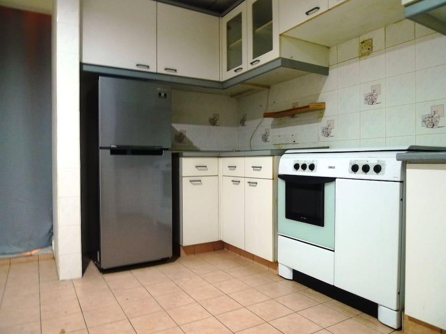 Kitchen with 2 Doors Fridge and Stove
