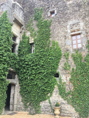 Medieval Fort, Sud Ardèche stunning loft with pool
