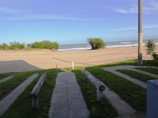 EN playa y centrico p/4 xdía $1000, sem $5000 - Villa Gesell