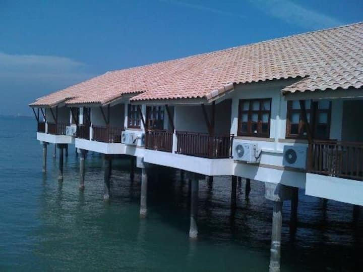 Deluxe Full  Seaview Water Chalet at LEXIS PD