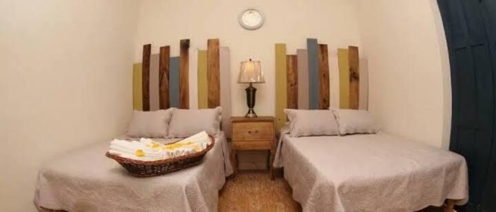 Exelete ubicación hermosa habitación en el centró2