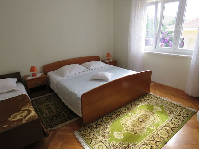 Room for 3 with bathroom  (F4) - Novalja - Appartement